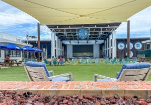 The Hub 30A stage and outdoor area